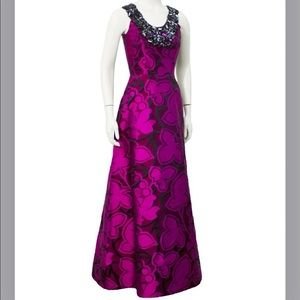 Oscar de la Renta Embellished Gown - Size 2
